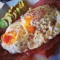 Bacon, fried egg and avocado