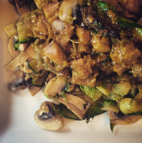 Courgette with thai curry chicken and mushrooms